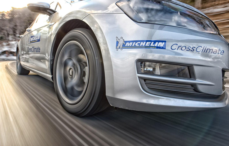 6 malas costumbres que reducen la vida de tus neumáticos (y dañan tu cartera)