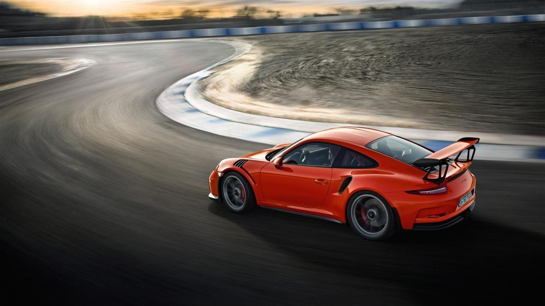 Porsche_911_GT3_RS_galeria_DM_24