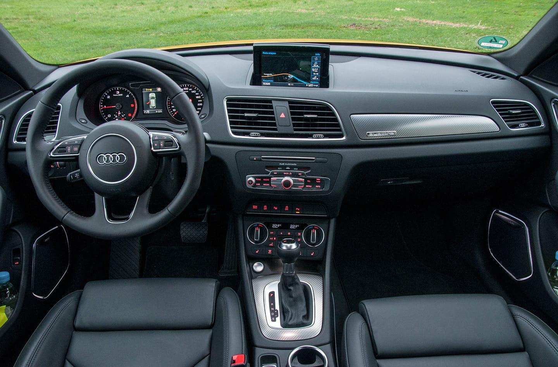 Audi Q3 2015 Attraction Design Y Sport Edition M 225 S