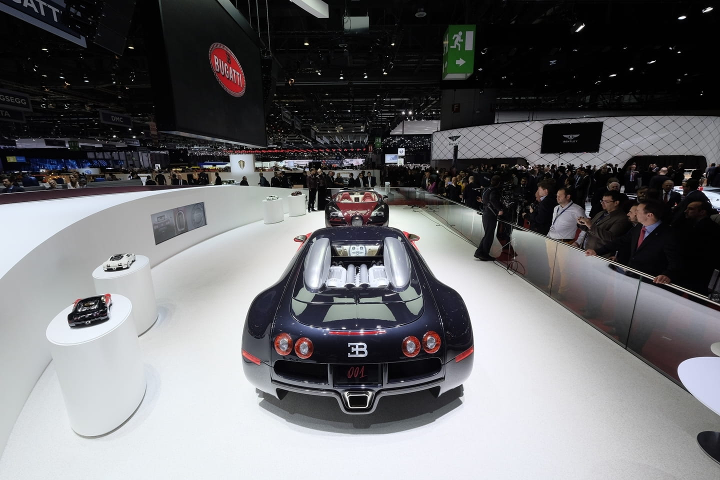el bugatti veyron la finale impone en directo desde. Black Bedroom Furniture Sets. Home Design Ideas