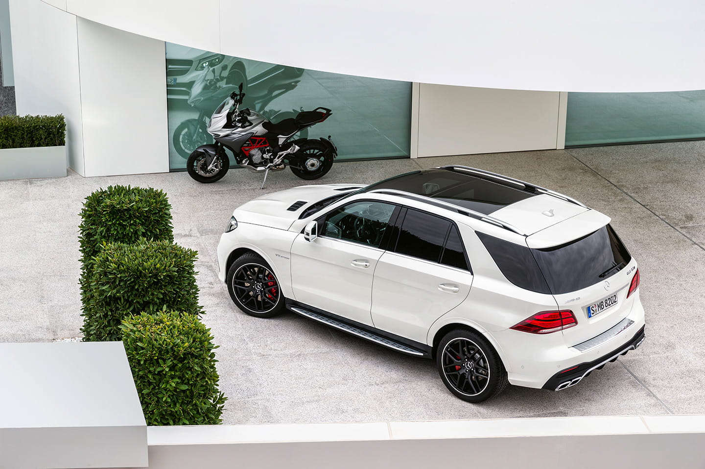 mercedes gle 2015 a rey muerto rey puesto gle es el nuevo gran suv de mercedes benz diariomotor. Black Bedroom Furniture Sets. Home Design Ideas