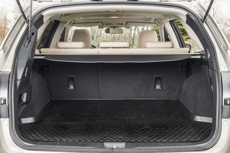 subaru 2015 outback vs nissan 2015 autos post. Black Bedroom Furniture Sets. Home Design Ideas