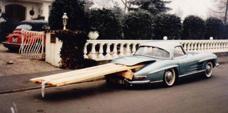 Corría el año 1970, y un Mercedes 300 SL podía comprarse por el precio de un coche corriente