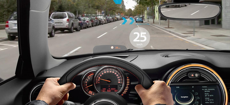 4 vídeos por los que desearás tener unas gafas MINI Augmented Vision