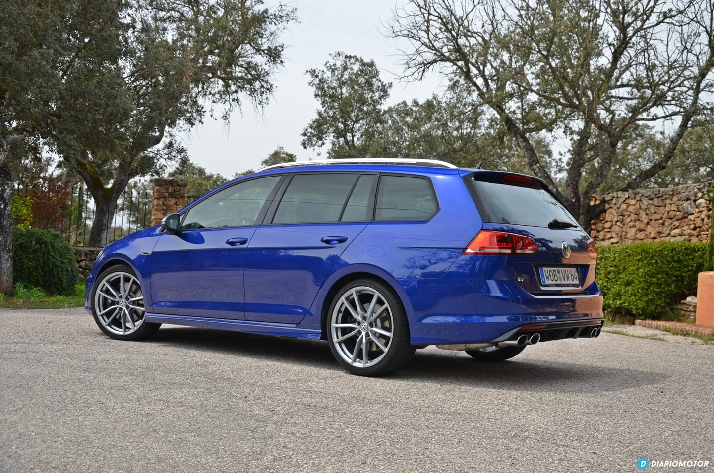 volkswagen golf variant r a prueba un familiar para correr en circuito diariomotor. Black Bedroom Furniture Sets. Home Design Ideas