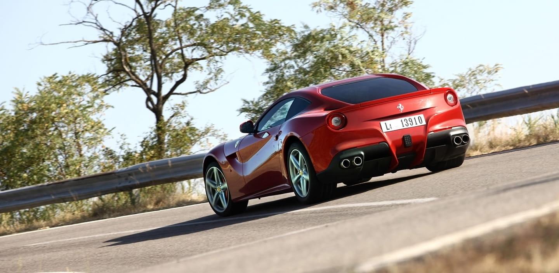 XCAR prueba el Ferrari F12 Berlinetta: enamórate del último V12 puro