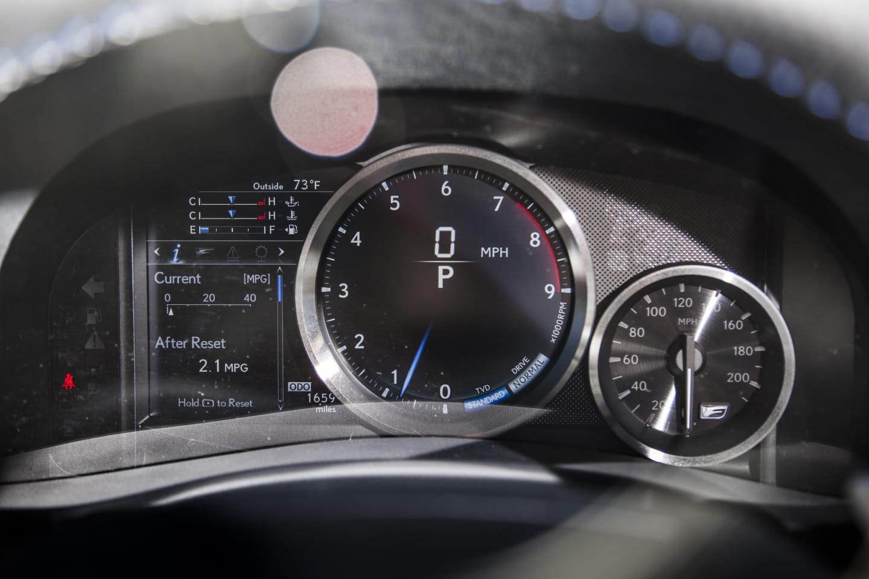 Lexus_Gs_F_nueva_galeria_DM_2015_4