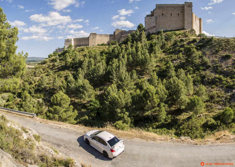 Subaru_WRX_STI_SEAT_León_Cupra_DM_2015_mapdm_6