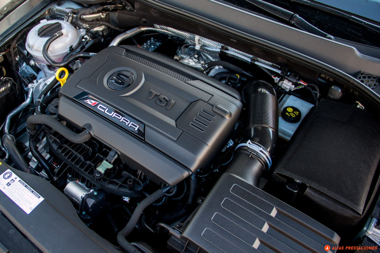 Subaru_WRX_STI_SEAT_León_Cupra_DM_2015_mapdm_76
