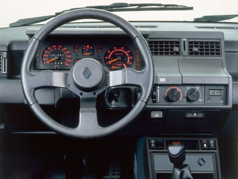 Desmontando el mito del turbo que saltaba de los renault 5 for Renault 9 interieur