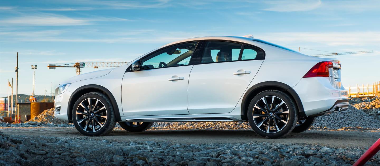 Fracaso A La Vista: El Volvo S60 Cross Country No Vende Y