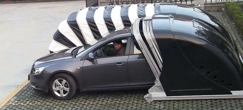 Cuando el <em>Made in China</em> funciona: un garaje plegable para que tu coche no sufra en la calle