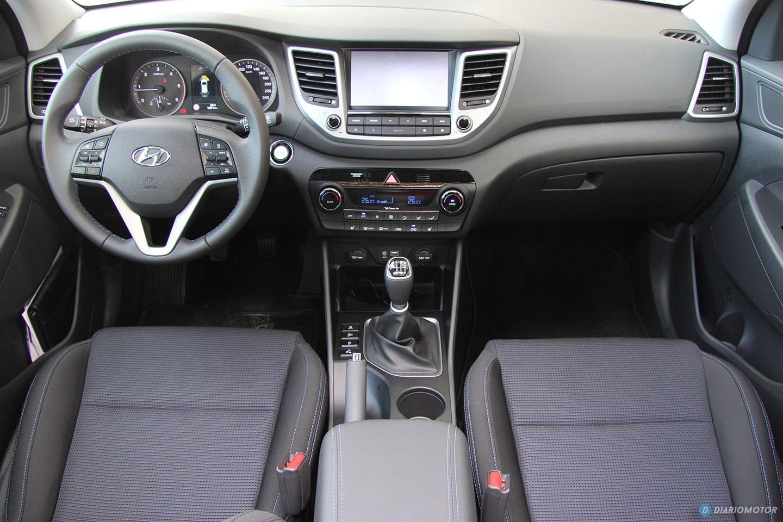 Hyundai tucson 2015 toma de contacto diariomotor for Interieur hyundai tucson
