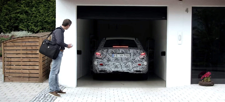 El futuro ya está aquí, así se aparcará el Mercedes Clase E desde un teléfono móvil (vídeo)