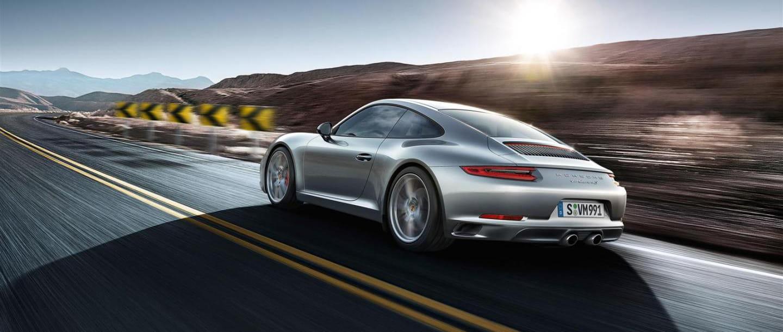 ¡En movimiento! Hora de ver al nuevo Porsche 911 en marcha