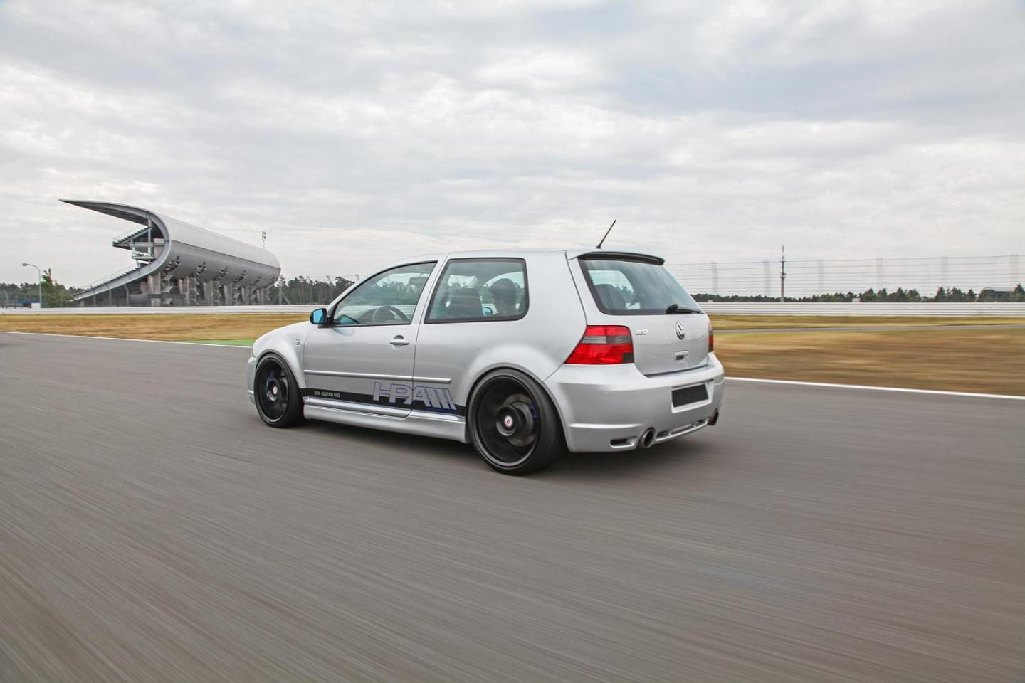 Volkswagen_Golf_IV_R32_HPerformance_DM_8