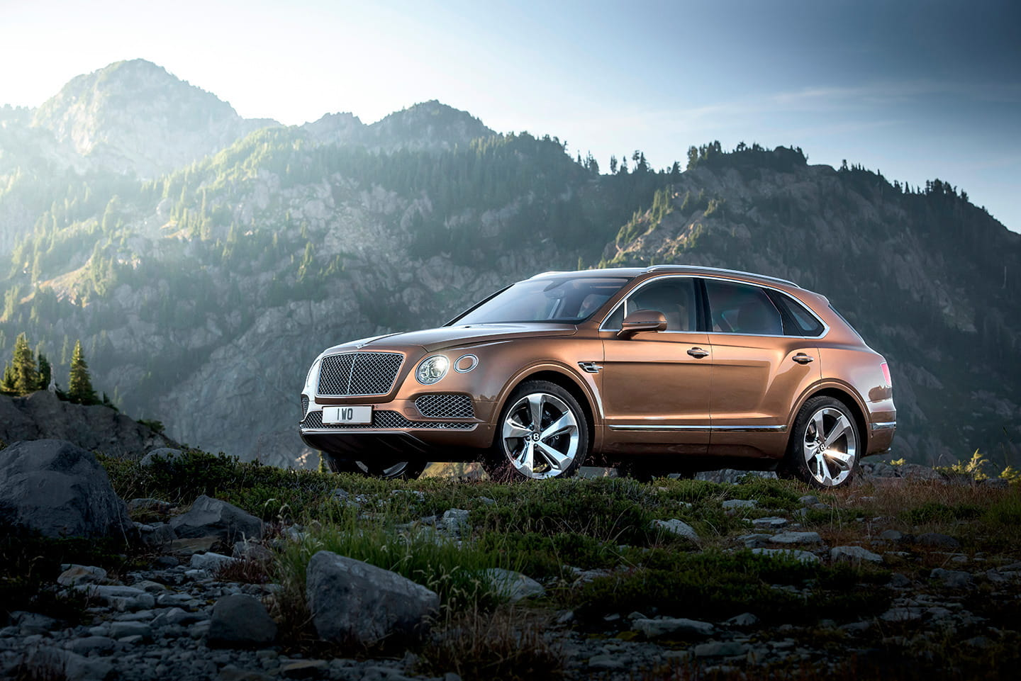 bentley-bentayga-2016-03