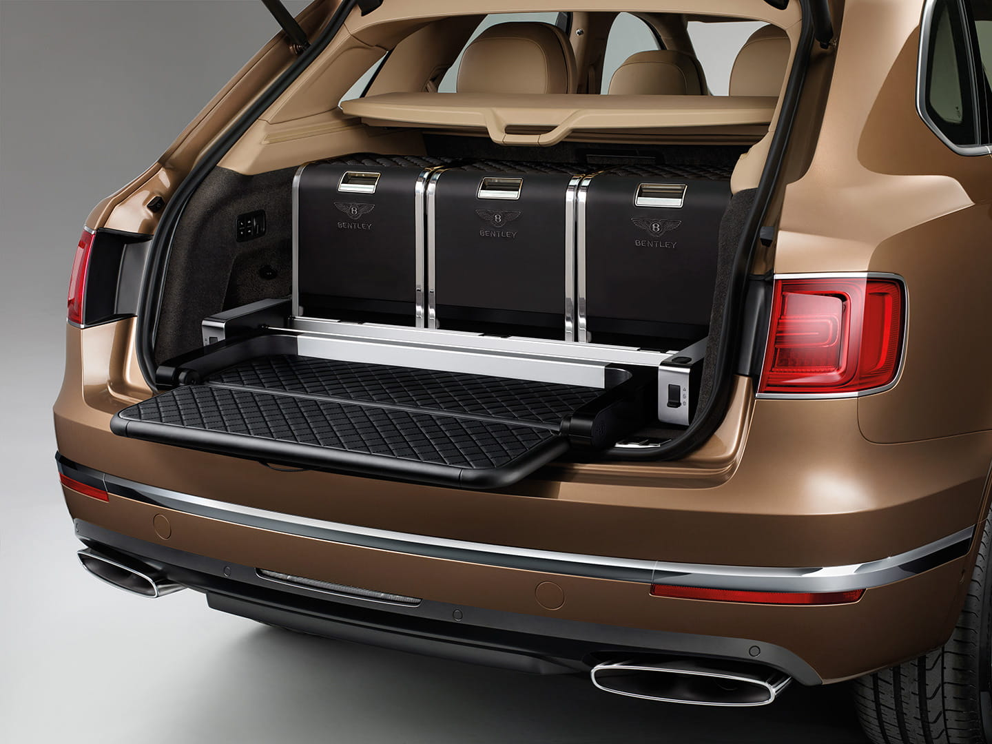 bentley-bentayga-2016-21