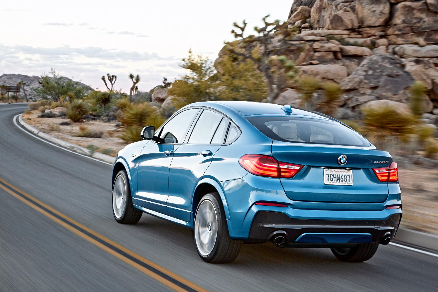 BMW_X4_M40i_2016_art_DM_2