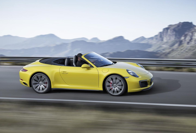 Porsche_911_Carrera_4_DM_2016_2