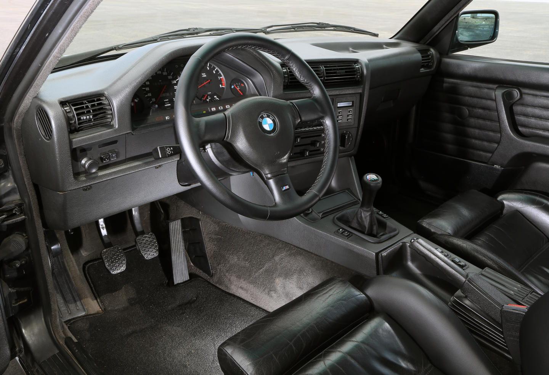BMW M3 E30 (1985)_016