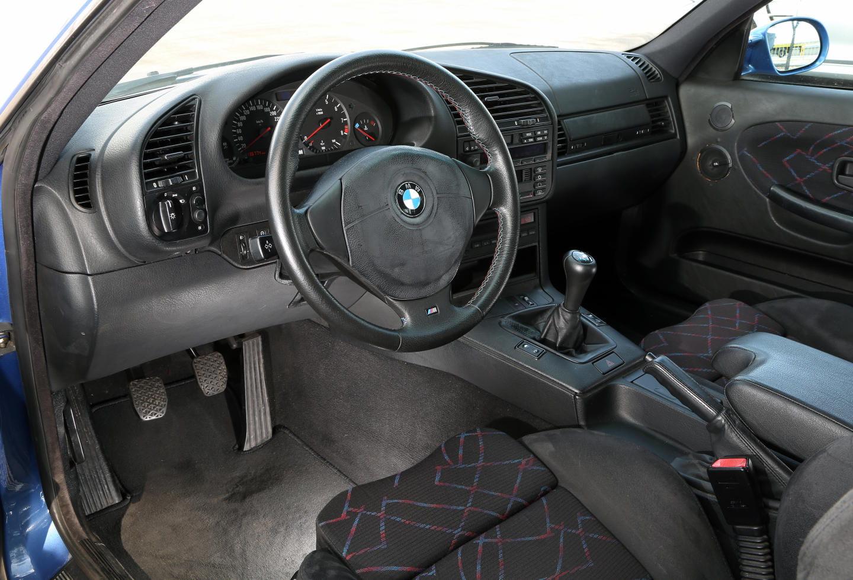BMW M3 E36 (1992)_016