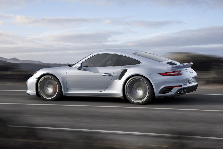 Porsche_911_Turbo_2016_DM_8