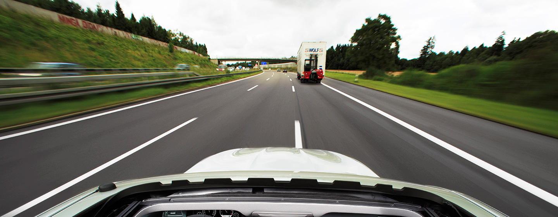 Paga impuestos por kilómetro recorrido, no por litro de combustible consumido: ¿una gran idea o una injusticia?