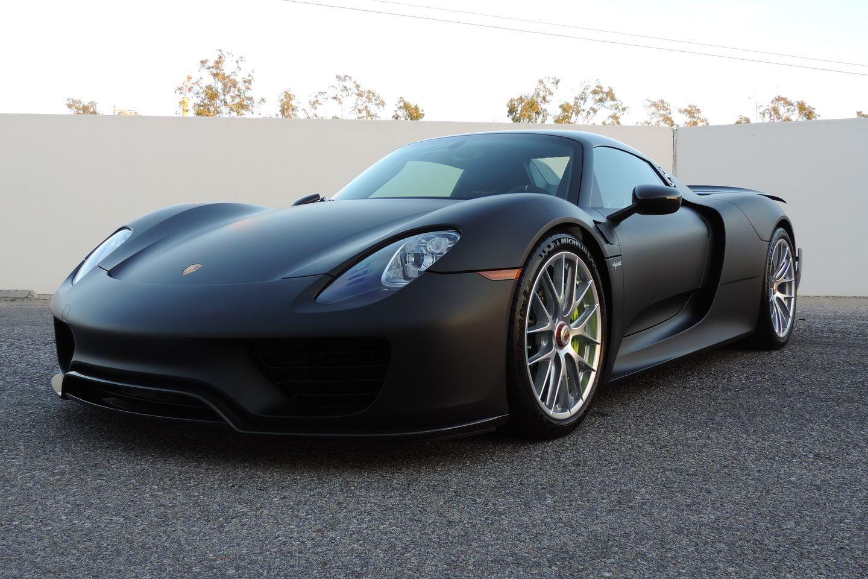 Nissan Gt R Black Edition Vs Porsche 911 Turbo S Youtube