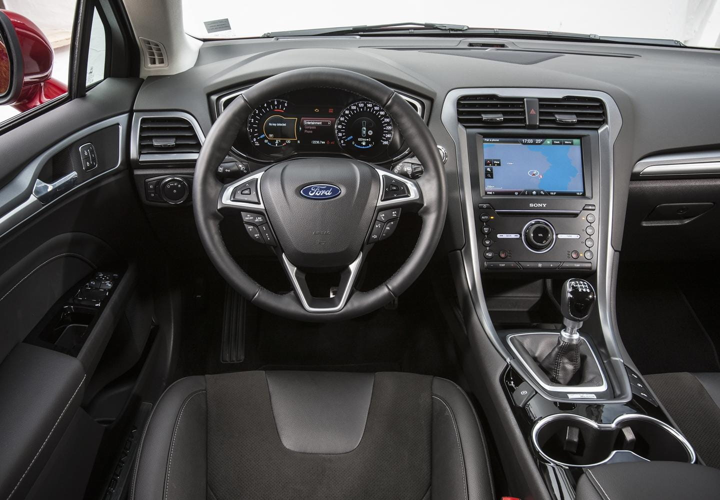 Ford mondeo 2015 interior the image kid for Interior ford mondeo
