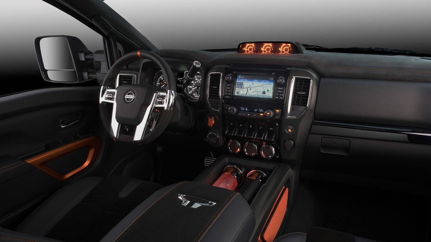 nissan titan warrior concept potencia di sel v8 para la. Black Bedroom Furniture Sets. Home Design Ideas