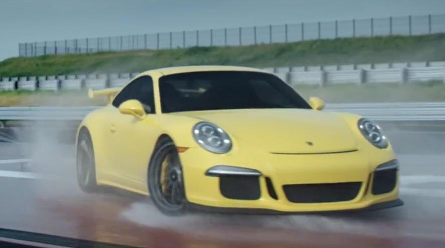Así se hace un trompo de 360º en un Porsche 911 GT3 ¡No lo haga en su casa!