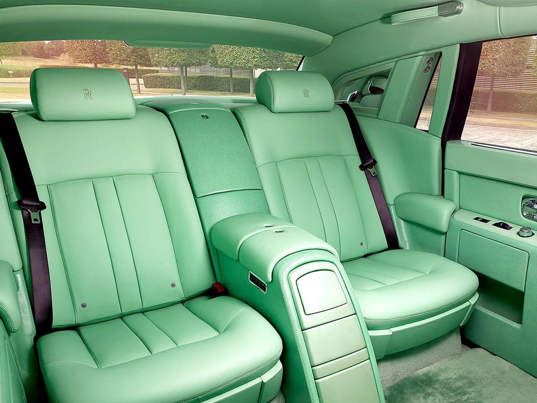 verde que te quiero verde te atrever as a tener un rolls royce phantom con un interior en. Black Bedroom Furniture Sets. Home Design Ideas