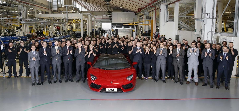 ¡Y ya van 5.000 Aventador fabricados! Lamborghini consigue nuevo récord