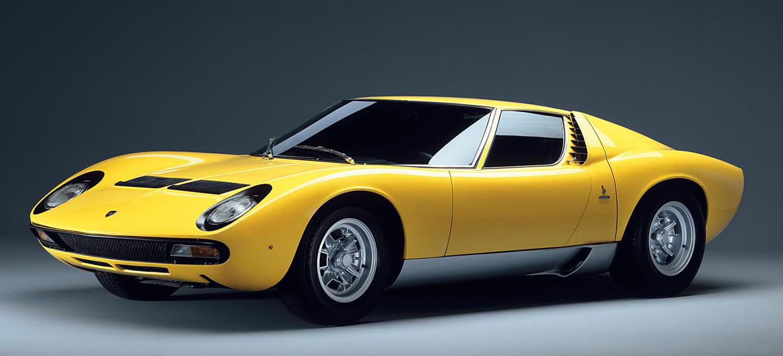 El Lamborghini Miura cumple 50 años: medio siglo del verdadero padre del superdeportivo moderno