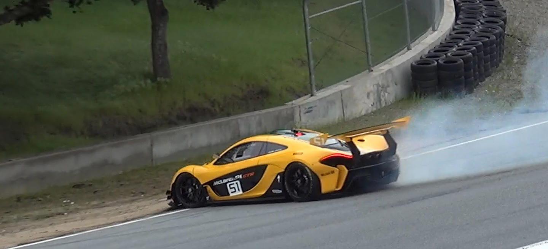 ¡Por los pelos! A este McLaren P1 GTR se le atragantó el sacacorchos de Laguna Seca (vídeo)
