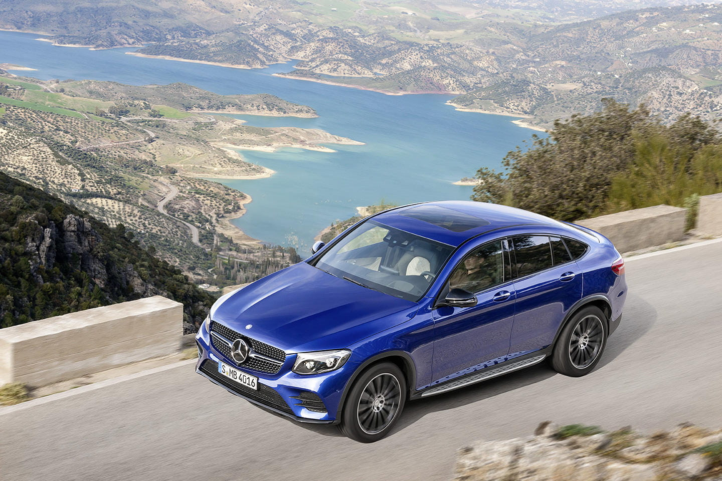 mercedes-glc-coupe-2016-15