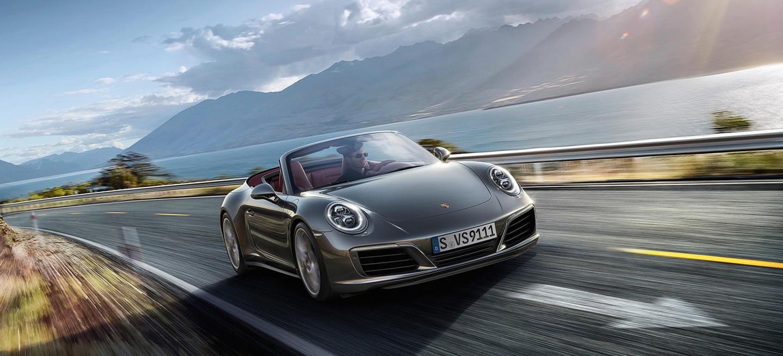 ¿Qué multa te puede caer si te pillan conduciendo un Porsche a 297 km/h?