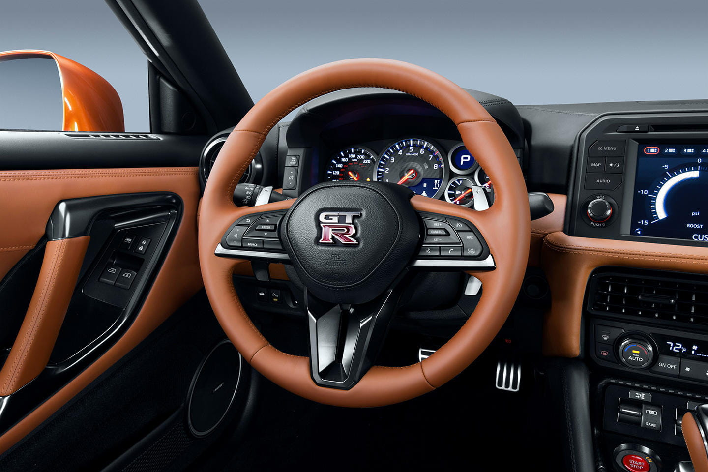 Nissan GT R 2017 ahora con 570 CV y un montón de mejoras
