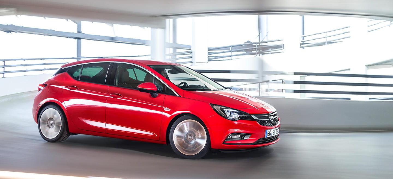Un Opel Astra automático por solo 700€ más, así es el cambio pilotado Easytronic 3.0