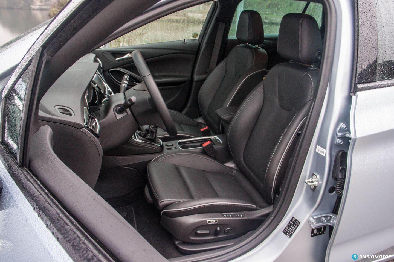 5 curiosidades que cambiarán tu visión de los asientos del nuevo Opel Astra...by Diariomotor Opel-astra-sports-tourer-2016-prueba-39-mdm