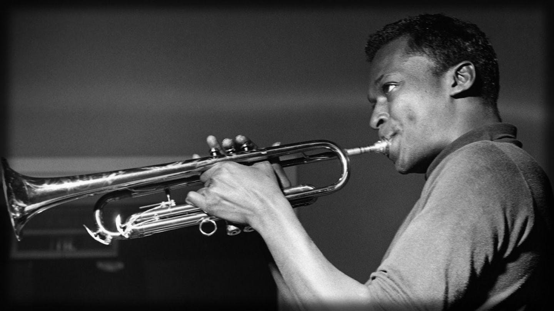 miles-davis-trompeta.jpg