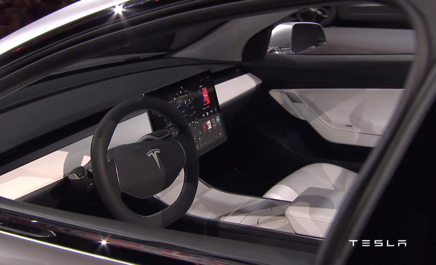 Tesla model 3 es oficial tesla ha matado y enterrado a for Tesla model 3 interieur