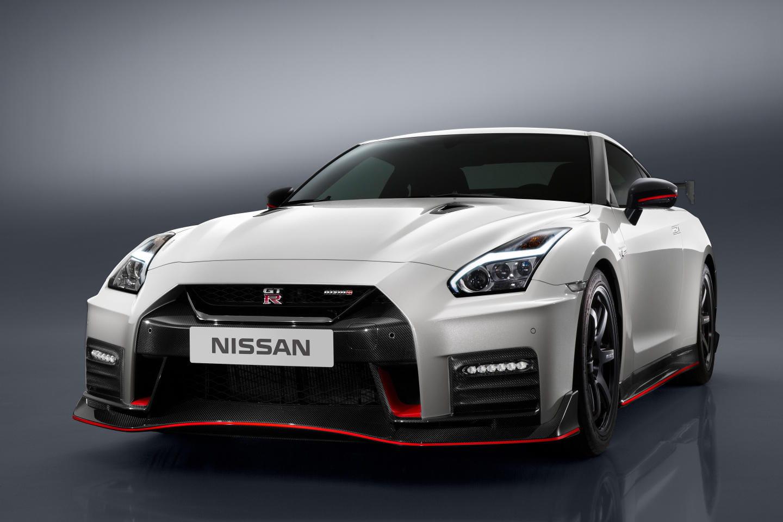 Nissan GT-R Nismo 2017: cambios en su diseño y en su puesta a punto para seguir siendo el rival a temer