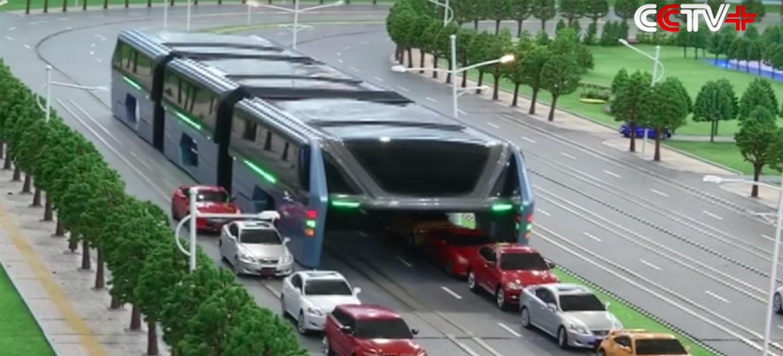 El autobús-túnel ataca de nuevo y muy pronto se estrenará en China