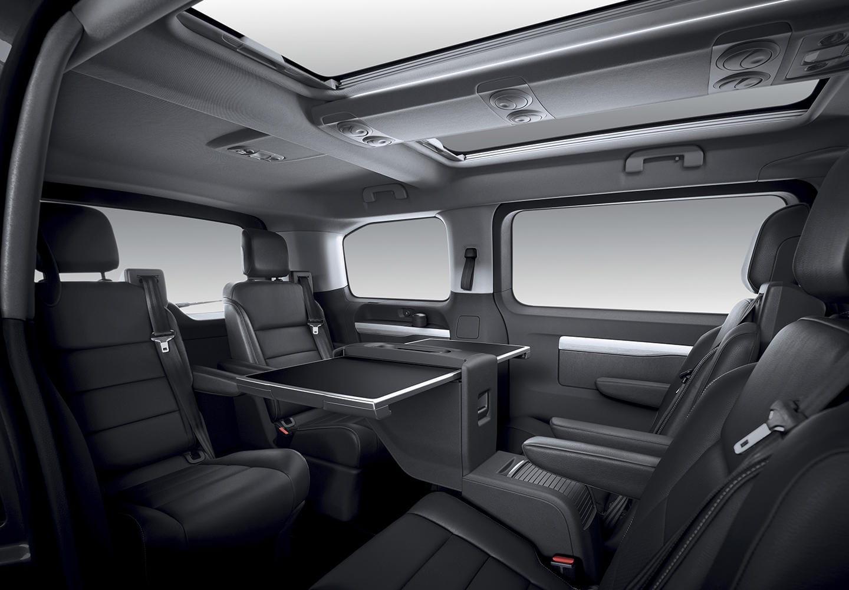 Peugeot Traveller: precios, prueba, ficha técnica y fotos