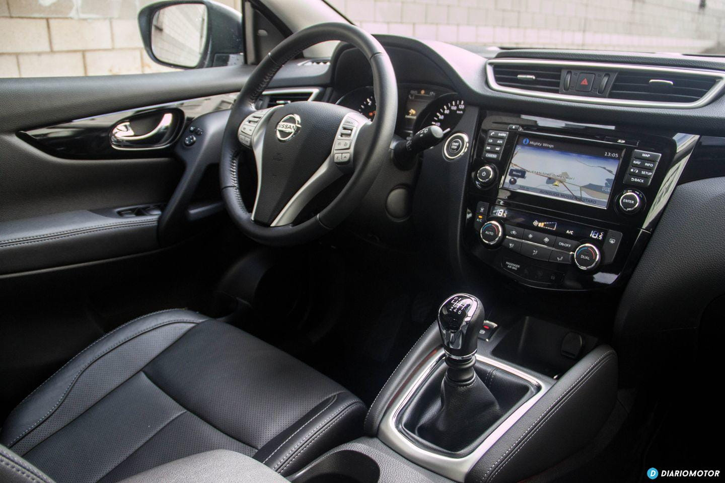 Nissan qashqai inside pictures of celebrity