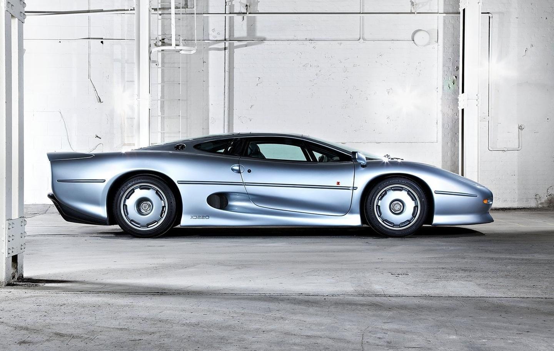 ¿Por qué se molesta Bridgestone en crear nuevos neumáticos para el Jaguar XJ220?