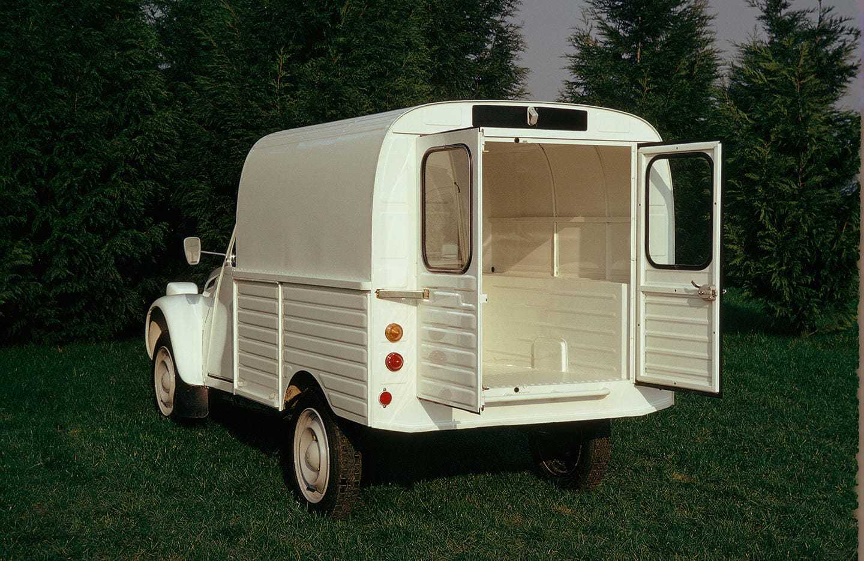 cu ntame el citro n 2cv furgoneta el primer citro n fabricado en vigo cumple 65 a os foto 5. Black Bedroom Furniture Sets. Home Design Ideas