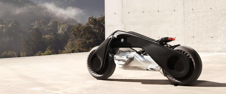 BMW Motorrad VISION NEXT 100: las motos del futuro seguirán siendo vehículos pasionales pero tan seguros que irás sin casco